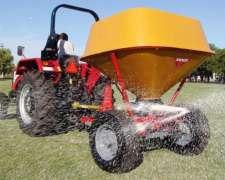 Fertilizadora Pendular Tanzi 1500 Litros de Arrastre