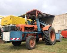Tractor Invertido Fiat 780 con Pala Cargadora Oberto
