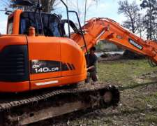 Excavadora Doosan DX140 Cola Corta - Oportunidad
