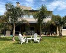 Vendo Exclusiva Casa Club de Campo el Paso, Santo Tomé, S F