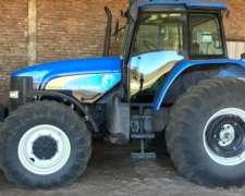Tractor Marca New Holland Mod TM7040