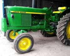 Tractor John Deere 2420 con 3 Puntos