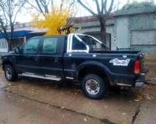 Camioneta Ford Doble Cabina
