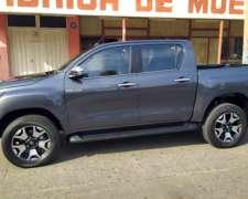 Toyota Hilux Doble Cabina SRX A/T 4X4 o km /2020