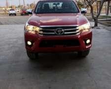 Toyota Hilux Srv 4x2 At