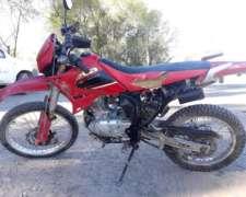 Moto Beta 200 CC