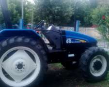 Tractor Marca New Holland Modelo TL 75 4wd