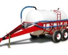 Estercolero C/tanque Plástico de 7000 L - Doble Eje Balancín