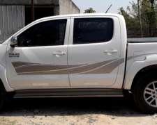 Toyota Hilux SRV 4X4 Full 2012