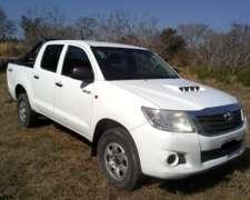 Toyota Hilux 2.5 CD DX Pack 120cv 4X4