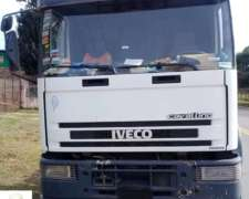 Cavallino Iveco 320 Tractor