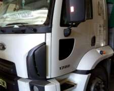 Ford Cargo 1722 2015