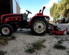 Tractor Hanomag con Desmalezadora 3 Puntos