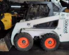 Minicargadora Bob Cat 763 B