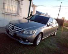 Vendo Mercedes Benz C 250 A/T año 2011