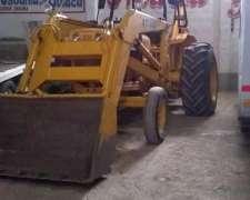 Pala con Retro (tractor)