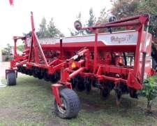 Crucianelli Gringa V - 14 Surcos A 52.5 Cm. Año: 2011