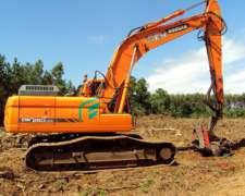 Excavadora Doosan Dx260lca con 6500hs.