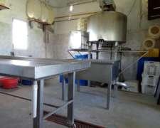 Vendo Equipamento De Tambo Y Fábrica De Quesos De Cabra