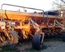 Sembradora Agrometal 13 a 52 Doble Fertilización