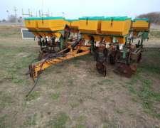 Fertilizadora de 7 Mts, 19 Líneas a 35