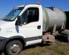 Iveco Daily 35c14 con Tanque de Agua