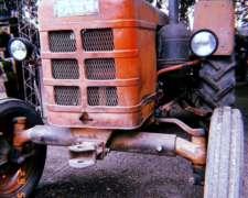 Vendo Tractor Deutz Farh D30l con Tres Puntos.