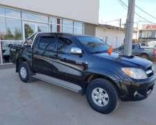 Toyota Hilux SRV 4X4 Full