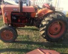 Tractor Fiat 411 Con Levante Tres Puntos
