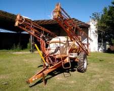 Pulverizador de Arrastre Capurelli 3000 Lts