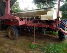 Sembradora Gherardo G100 de 25/17,5 con Tiro de Punta