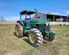 Tractor John Deere 6600 con Techo Parasol, muy Buen Estado