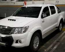Camioneta Toyota Hilux 3.0 Único Dueño