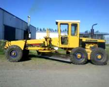 Motoniveladora John Deere 570 a