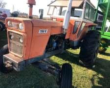 Tractor Fiat 700 e con Dirección Hidraulica