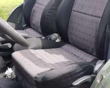 Vendo Jeep Corto IKA 58