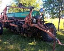 Dumaire 710 año 2008 de 31 Lineas a 17.5cm con Alfalfero.