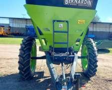Fertilizadora de Arrastre M3000 XS
