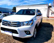 Toyota Hilux 2.8 CD SRV 177 CV 4X2 AT
