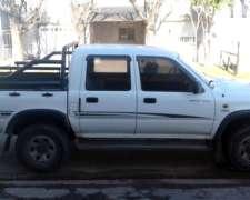 Toyota Hilux 3.0 Dx 4x4 2002 240000km