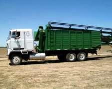 Camion Mack Con Tolva Autodescargable