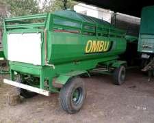 Tanque De Tres Mil Litros Ombu Con Agua