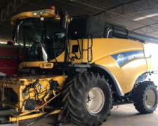 New Holland CR 6090 35 Pies muy Buena