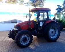Tractor Case Farmall 95