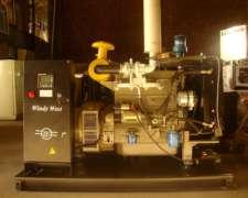 Grupo Electrogeno 44 Kva New Holland Alternador Stamford