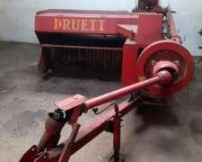 Enfardadora Marca Druett Modelo 2001