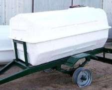 Acoplado Tanque 2000 Litros para Transporte de LECHE.(1 Eje)
