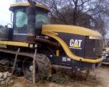 Challenger 65e. Caterpillar 310 HP. año 2000 con 8300 Hs