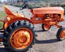 Vendo Tractor Fiat U25 con Levante 3 Puntos y Desmalezadora
