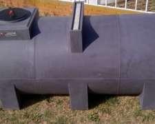 Tanque Plástico 3500 Lts - Apoyo Fumigador - Agua - GAS OIL